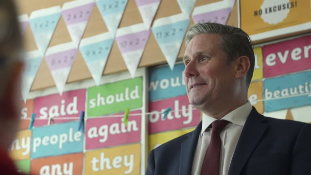 keir starmer mp, labour leader, visits school in coventry, as coronavirus lockdown restrictions ease - classroom stock videos & royalty-free footage