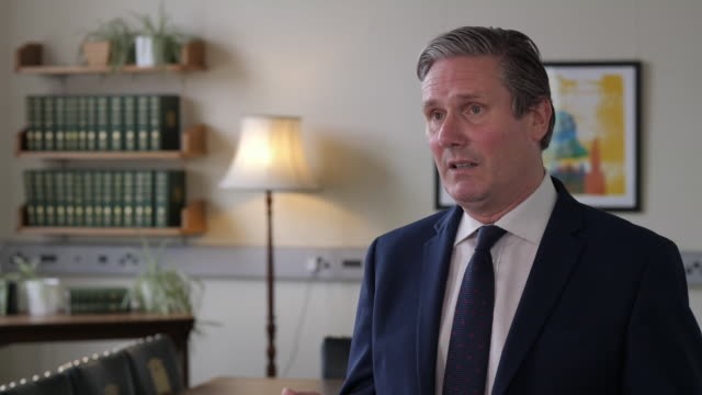 """keir starmer saying boris johnson promised a new deal but there's not much that's new and it's not much of a deal - """"bbc news"""" stock videos & royalty-free footage"""