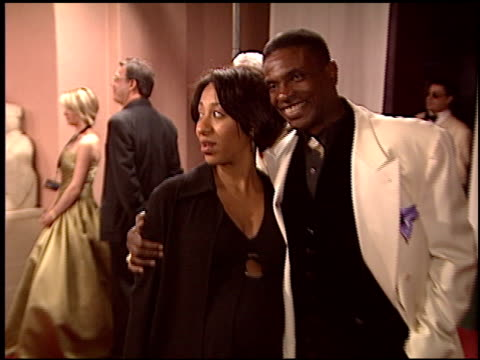 stockvideo's en b-roll-footage met keith david at the night of 100 stars oscar gala at the beverly hilton in beverly hills, california on february 29, 2004. - 76e jaarlijkse academy awards