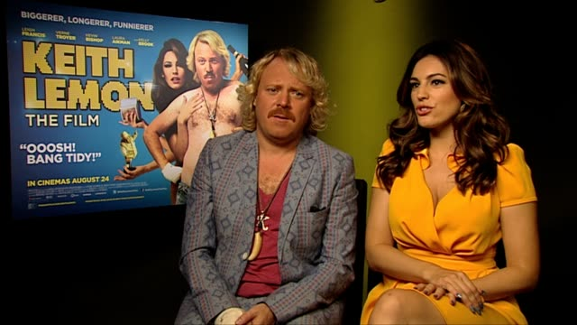 keith lemon and kelly brook on the story of the film at keith lemon the film interview at soho hotel on august 20 2012 in london england - kelly brook stock-videos und b-roll-filmmaterial