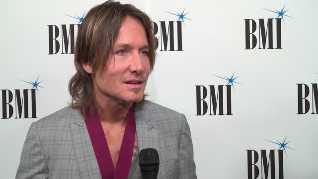 keith urban on his award and giving back at bmi country awards 2017 on november 7, 2017 in nashville, tennessee. - keith urban stock videos & royalty-free footage