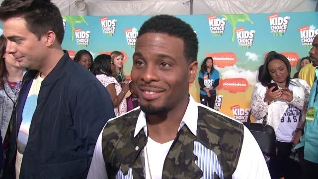 INTERVIEW Kel Mitchell at Nickelodeon's 2016 Kids' Choice Awards at The Forum on March 12 2016 in Inglewood California