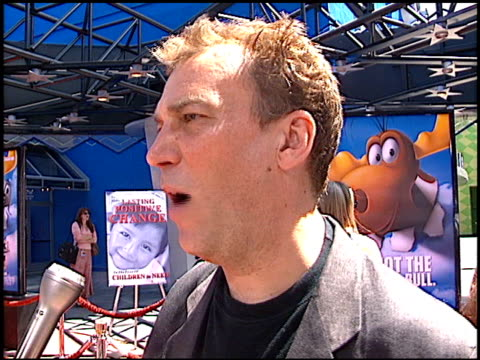 kel mitchell at the premiere of 'the adventures of rocky and bullwinkle' at universal in universal city california on june 24 2000 - the adventures of rocky and bullwinkle 2000 film stock videos & royalty-free footage