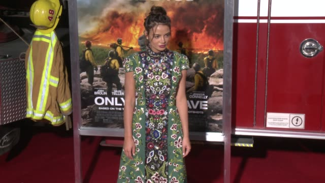 keleigh sperry at the only the brave premiere at regency village theatre on october 08 2017 in westwood california - only the brave 2017 film stock videos & royalty-free footage