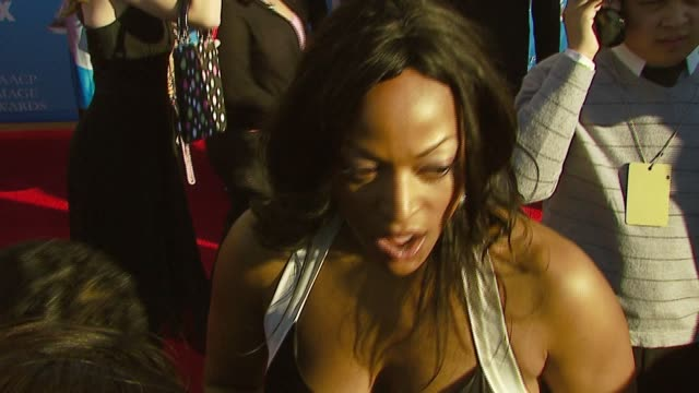 kellita smith on being nominated for the 5th time at the naacp awards for 'bernie mack', talent being colorless, last season of show coming up at the... - バーニー マック点の映像素材/bロール