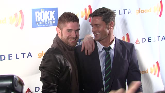 tj kelly and reichen lehmkuhl at the glaad manhattan brazilian carnival at new york ny - reichen lehmkuhl stock videos & royalty-free footage