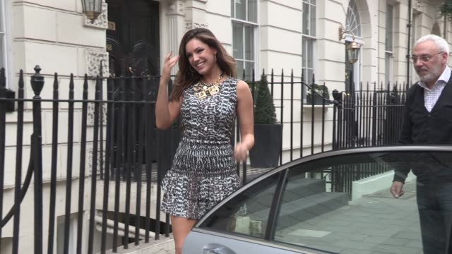 kelly brook at celebrity video sightings on march 06 2013 in london england - kelly brook stock-videos und b-roll-filmmaterial