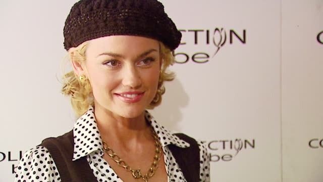 Kelly Carlson at the MercedesBenz Fall 2007 LA Fashion Week Bebe at Smashbox Studios in Culver City California on March 18 2007