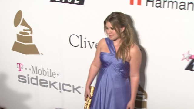 kelly clarkson at the pre-grammy gala & salute to industry icons with clive davis at los angeles ca. - 2009 stock videos & royalty-free footage