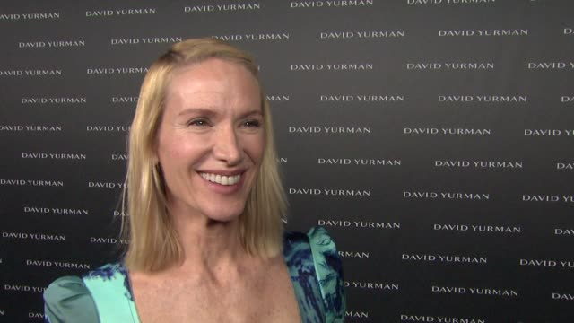 kelly lynch on tonight's event, on the yurman's and on how she would describe the jewelry at david yurman & p.s. arts celebrate the opening of david... - kelly lynch stock videos & royalty-free footage
