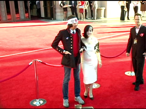 kelly osbourne and guest at the 2004 american music awards red carpet at the shrine auditorium in los angeles california on november 14 2004 - kelly osbourne stock videos and b-roll footage