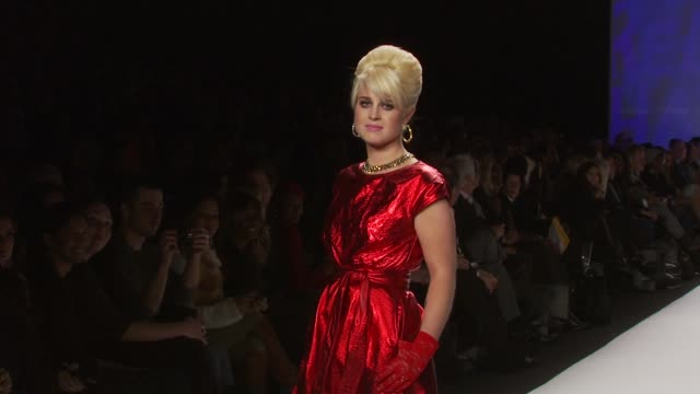 kelly osbourne at the new york fashion week backstage vip experiences with american express at new york ny - kelly osbourne stock videos and b-roll footage