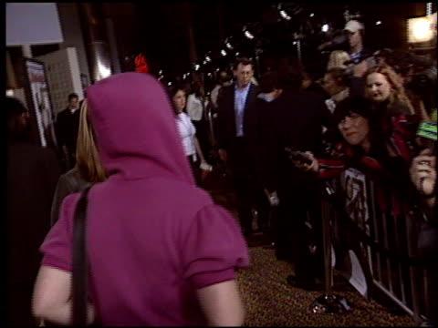 kelly osbourne at the 'school of rock' premiere at the cinerama dome at arclight cinemas in hollywood california on september 24 2003 - 2003 bildbanksvideor och videomaterial från bakom kulisserna