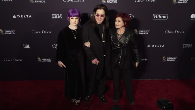 kelly osbourne ozzy osbourne sharon osbourne at the recording academy and clive davis' 2020 pregrammy gala at the beverly hilton hotel on january 25... - ozzy osbourne stock videos & royalty-free footage