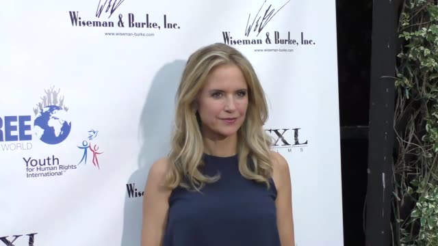 kelly preston at the marisol nichols presents the human rights hero awards at beso restaurant in hollywood at celebrity sightings in los angeles on... - kelly preston stock-videos und b-roll-filmmaterial