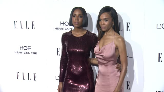 vídeos de stock, filmes e b-roll de kelly rowland and michelle williams at 23rd annual elle women in hollywood celebration at four seasons hotel los angeles at beverly hills on october... - michelle williams