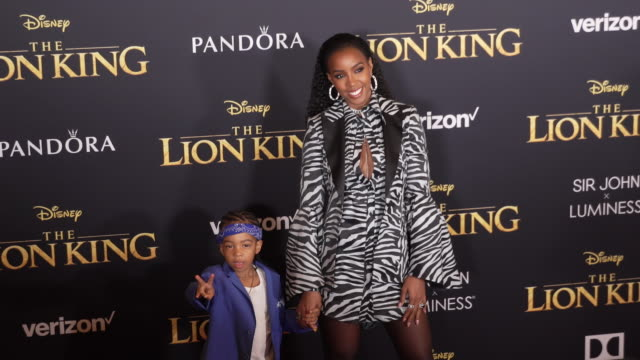 """stockvideo's en b-roll-footage met kelly rowland and titan jewell weatherspoon at the world premiere of disney's """"the lion king"""" at dolby theatre on july 09, 2019 in hollywood,... - kelly rowland"""