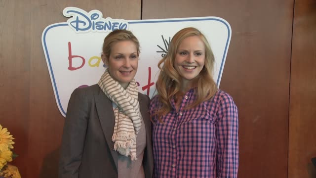 kelly rutherford and rosie pope at the disney baby einstein kelly rutherford launch the baby einstein discovery kits at new york ny - kelly rutherford stock videos & royalty-free footage