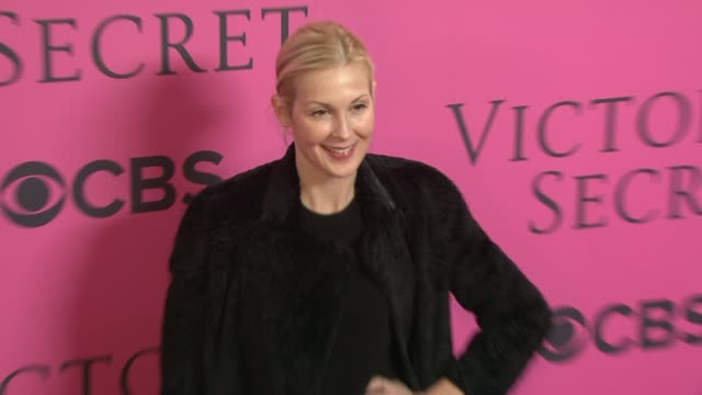 kelly rutherford at 2012 victoria's secret fashion show pink carpet arrivals on 11/7/2012 in new york ny - kelly rutherford stock videos & royalty-free footage