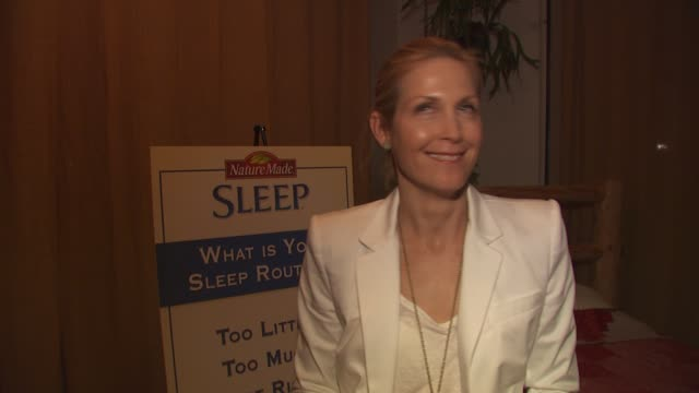 kelly rutherford on supporting the usa in the world cup at the launch event for naturemade sleep at west hollywood ca - kelly rutherford stock videos & royalty-free footage