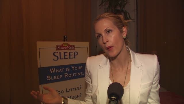 kelly rutherford on what she does to relax and on her sleep routine at the launch event for naturemade sleep at west hollywood ca - kelly rutherford stock videos & royalty-free footage