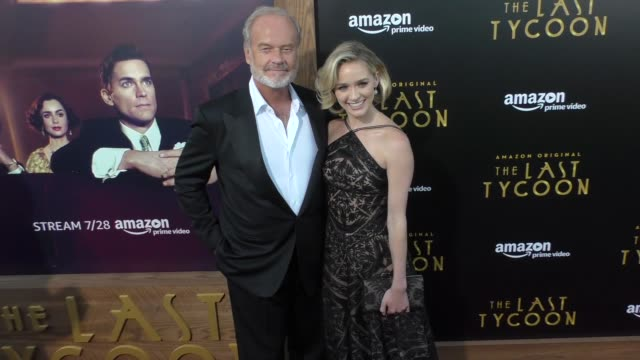 vídeos de stock, filmes e b-roll de kelsey grammer greer grammer at the amazon original series the last tycoon premiere at the harmony gold preview house and theater on july 27 2017 in... - estreia