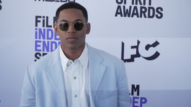 kelvin harrison jr at the 2020 film independent spirit awards on february 08 2020 in santa monica california - film independent spirit awards stock videos & royalty-free footage