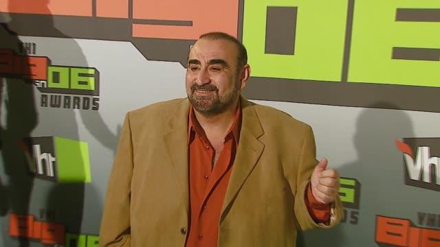 ken davitian at the vh1 big in '06 at sony studios in culver city, california on december 2, 2006. - vh1ビッグインアワード点の映像素材/bロール