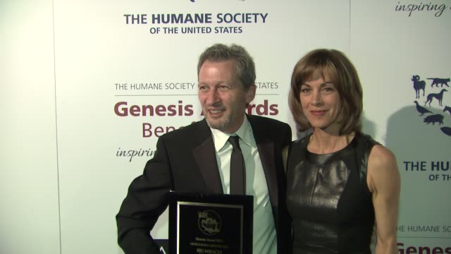 ken kwapis, wendie malick at 2013 genesis awards benefit gala presented by the humane society of the united states on 3/23/13 in los angeles, ca . - wendie malick stock videos & royalty-free footage