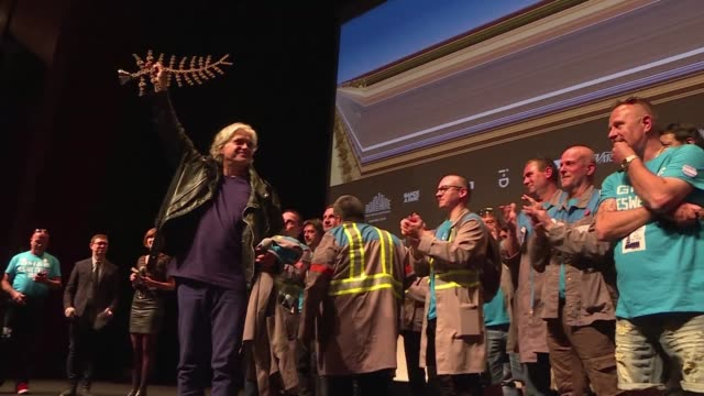 FRA: Fired factory workers take centre stage in Cannes documentary