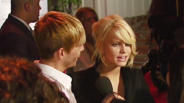 ken paves and jessica simpson at the ken paves opens beverly hills salon at ken paves salon in beverly hills, california on september 29, 2006. - beverly hills点の映像素材/bロール