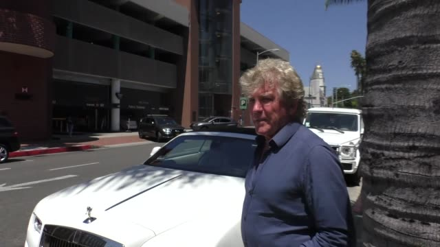 INTERVIEW Ken Todd talks about Donald Trump banning Transgender people from the Military while shopping in Beverly Hills in Celebrity Sightings in...
