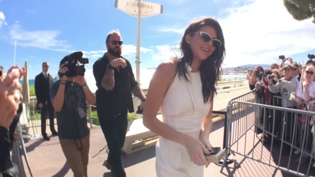 kendall jenner and kris jenner at palais des festivals on may 12, 2016 in cannes, france. - avvistamenti vip video stock e b–roll