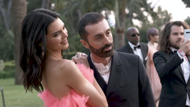slomo kendall jenner at amfar cannes gala 2019 arrivals at hotel du capedenroc on may 23 2019 in cap d'antibes france - amfar stock videos & royalty-free footage