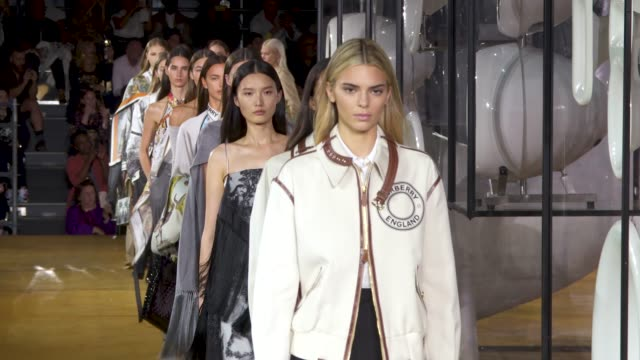 kendall jenner bella hadid gigi hadid irina shayk at runway at burberry lfw september 2019 on september 16 2019 in london england - runway stock videos & royalty-free footage