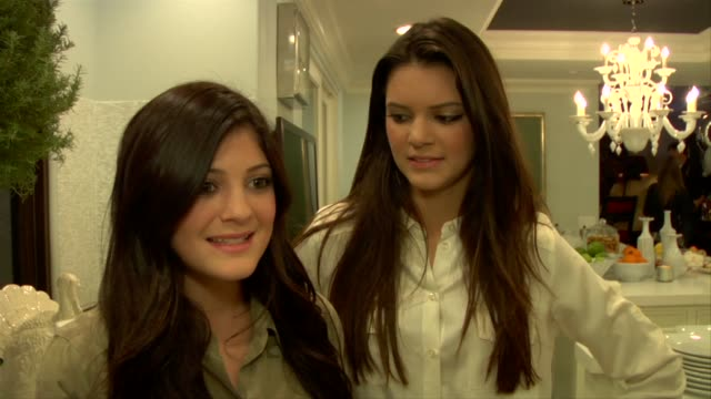 stockvideo's en b-roll-footage met kendall jenner kylie jenner on their plans for the holidays at the kendall jenner and sony playstation celebrate their 15th birthday at hidden hills... - 2010
