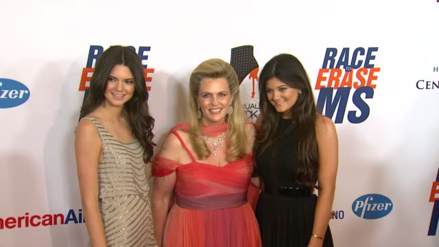 kendall kylie jenner nancy davis at 19th annual race to erase ms glam rock to erase ms on 5/18/12 in los angeles ca - race to erase ms stock videos and b-roll footage