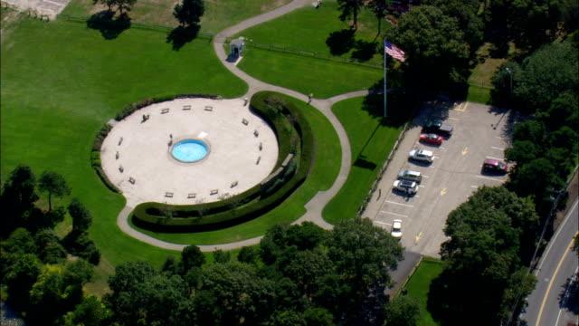 stockvideo's en b-roll-footage met kennedy memorial - luchtfoto - massachusetts, barnstable county, verenigde staten - john f. kennedy