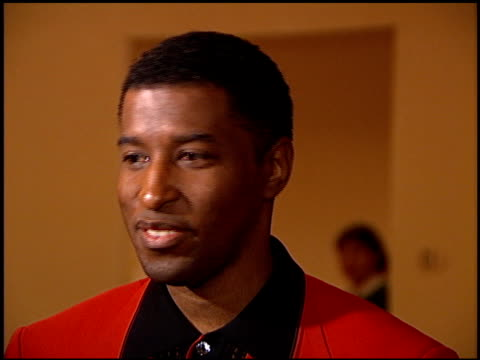 kenneth 'babyface' edmonds at the arista records grammy awards party at the beverly hilton in beverly hills, california on february 27, 1996. - 1996 video stock e b–roll
