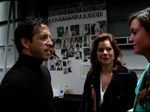 kenneth cole and marcia gay harden at the olympus fashion week fall 2006 kenneth cole at the tent at bryant park in new york, new york on february 3,... - オリンパスファッションウィーク点の映像素材/bロール