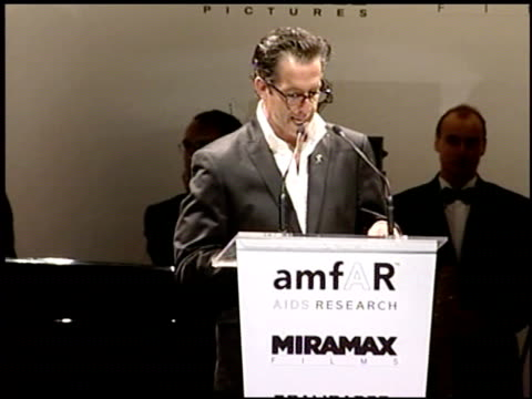 vídeos y material grabado en eventos de stock de kenneth cole at the amfar 'cinema against aids' gala presented by miramax films palisades pictures and quintessentially on may 19 2005 - miramax