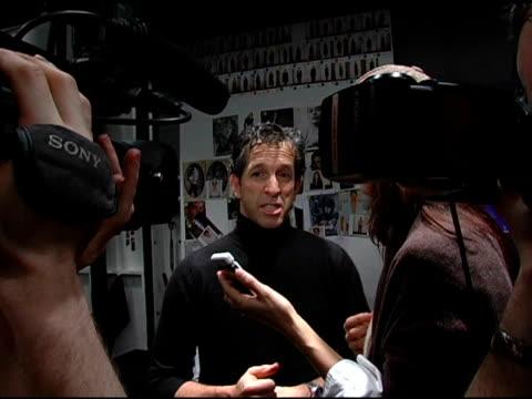 kenneth cole at the olympus fashion week fall 2006 kenneth cole at the tent at bryant park in new york, new york on february 3, 2006. - オリンパスファッションウィーク点の映像素材/bロール