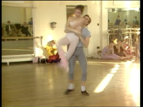 Kenneth MacMillan on his new ballet Valley of Shadows MS Rehearsal
