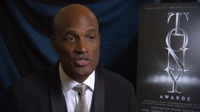 interview kenny leon in the winner's circle at 2014 tony awards at radio city music hall on june 08 2014 in new york city - radio city music hall stock videos & royalty-free footage
