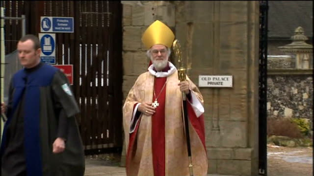 dr rowan williams processing along to canterbury cathedral to deliver christmas sermon canterbury cathedral: int dr rowan williams speaking sot -... - canterbury cathedral stock videos & royalty-free footage