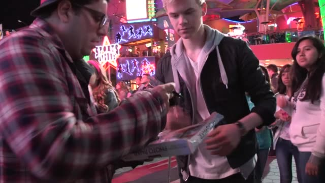 kenton duty greets fans at universal city, 03/30/13 - universal city stock videos & royalty-free footage