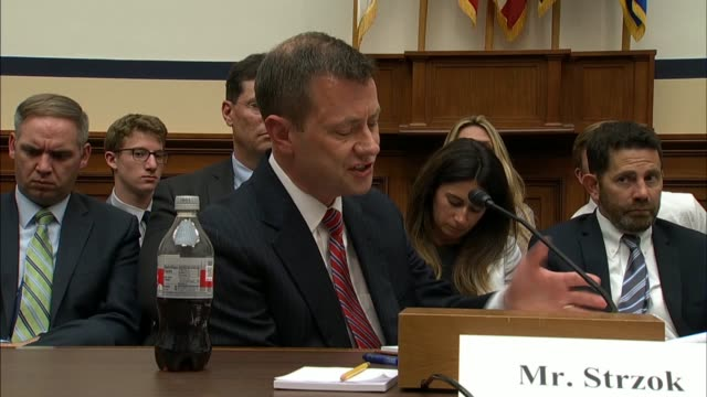 stockvideo's en b-roll-footage met kentucky congressman jamie comer asks fbi deputy assistant director peter strzok at a house hearing what he meant in text messages with a mistress by... - amerikaanse presidentsverkiezingen