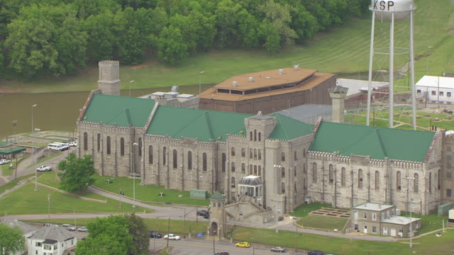 cu aerial zo kentucky state penitentiary and building and landscape / kentucky, united states - prison stock videos & royalty-free footage
