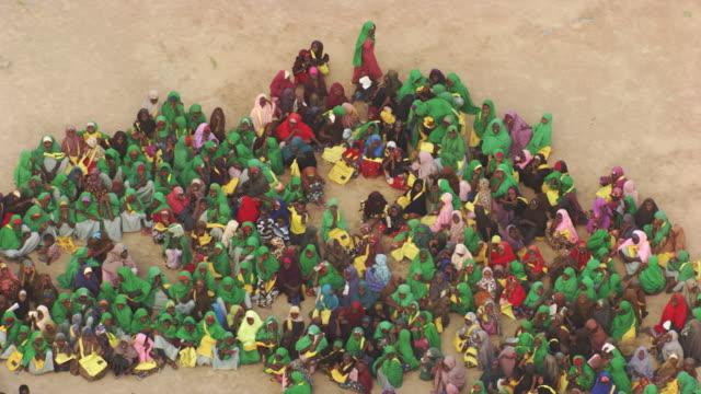 kenya, dabaab: primary school pupils - refugee camp stock videos & royalty-free footage