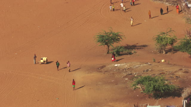 kenya dadaab : hagadera camp - refugee stock videos & royalty-free footage